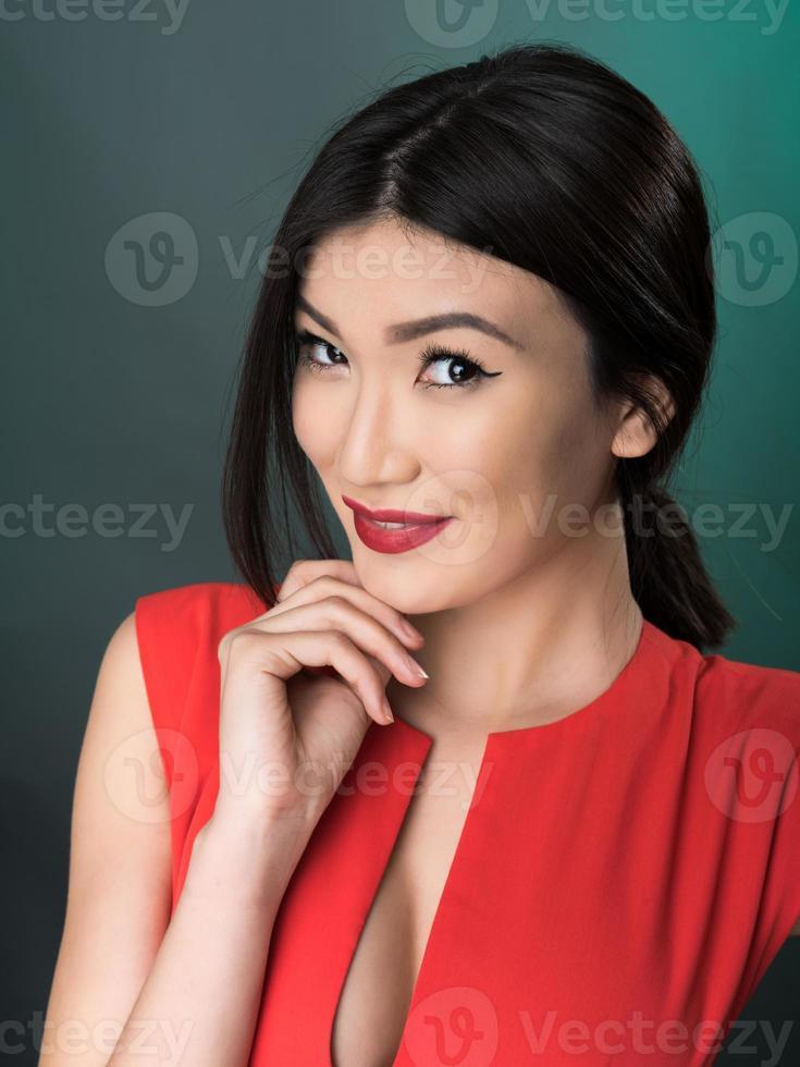 retrato de estúdio feminino foto