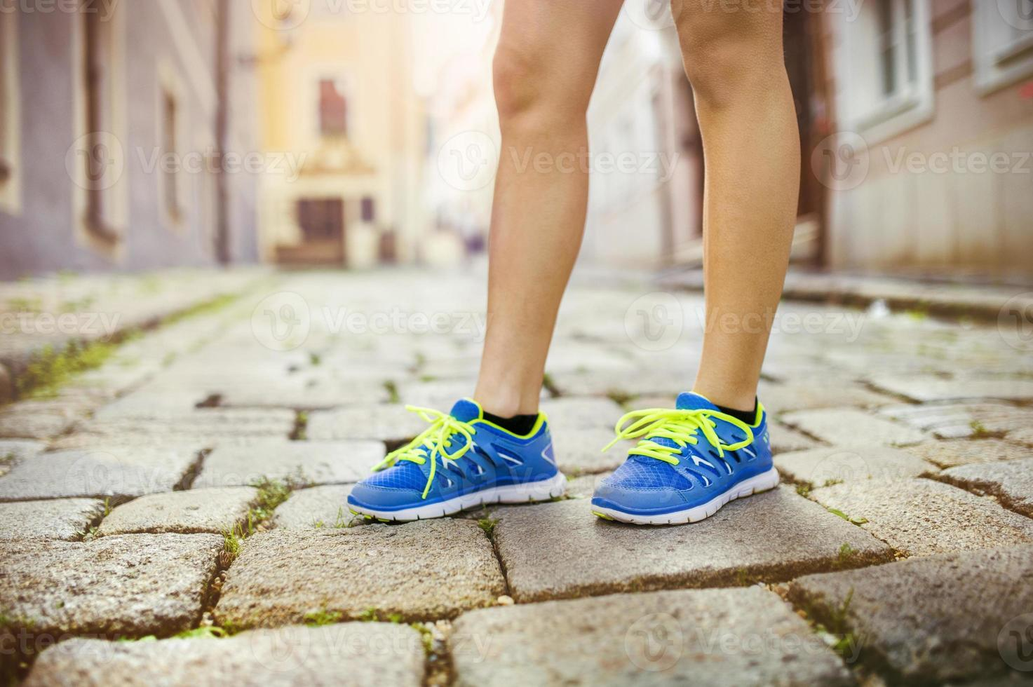 corredor feminino, pés closeup foto
