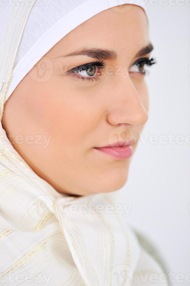 retrato feminino muçulmano caucasiano foto