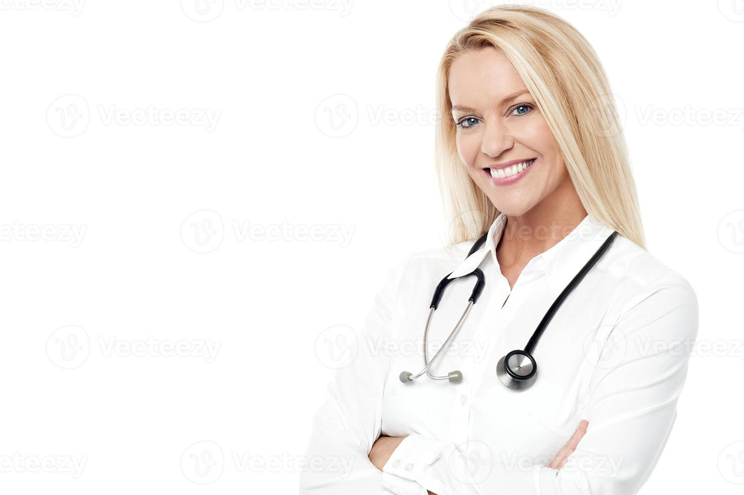 linda médica sorrindo foto