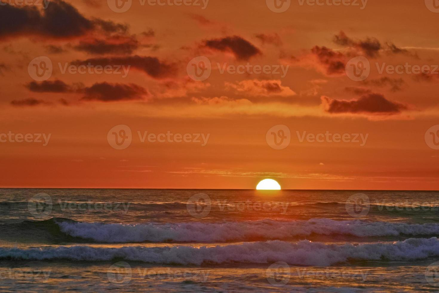 pôr do sol do Pacífico impressionista foto