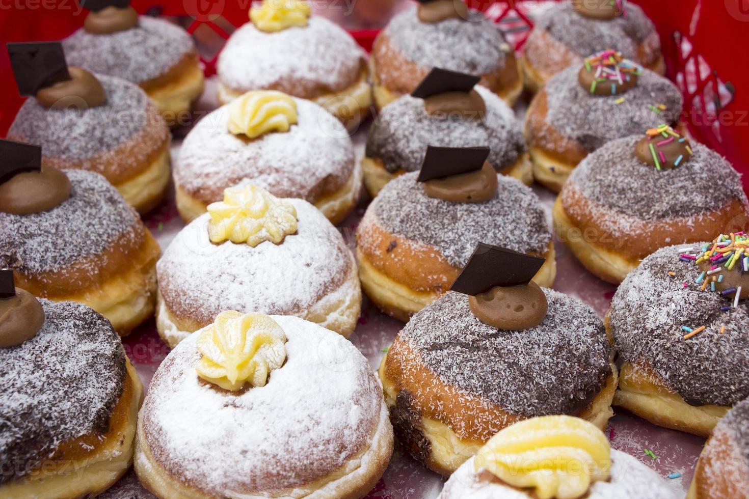 vários donuts foto