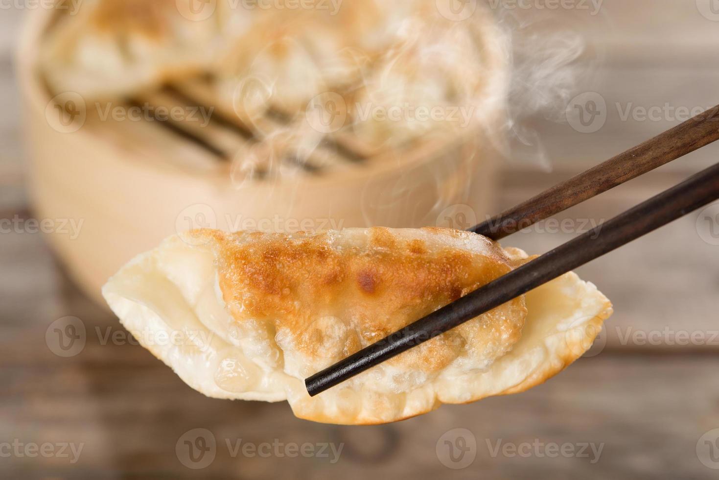 aperitivo chinês pan bolinhos fritos foto