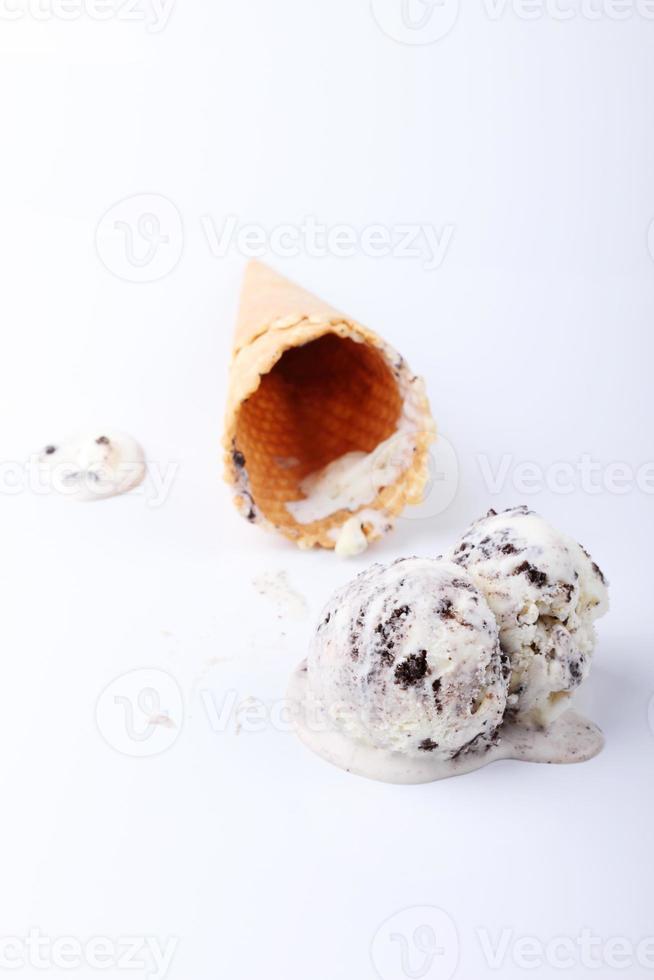 biscoito caseiro e creme de sorvete colher derreter foto