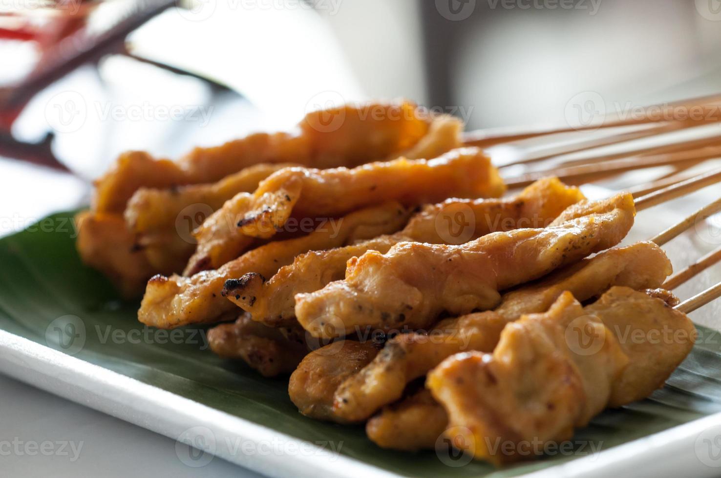 carne de porco satay foto