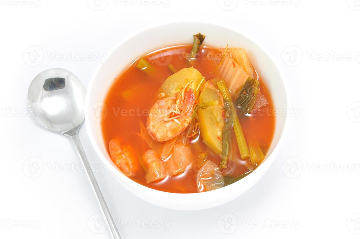 comida asiática isolada no fundo branco foto