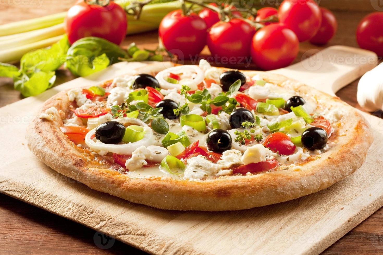 pizza em estilo grego / foto