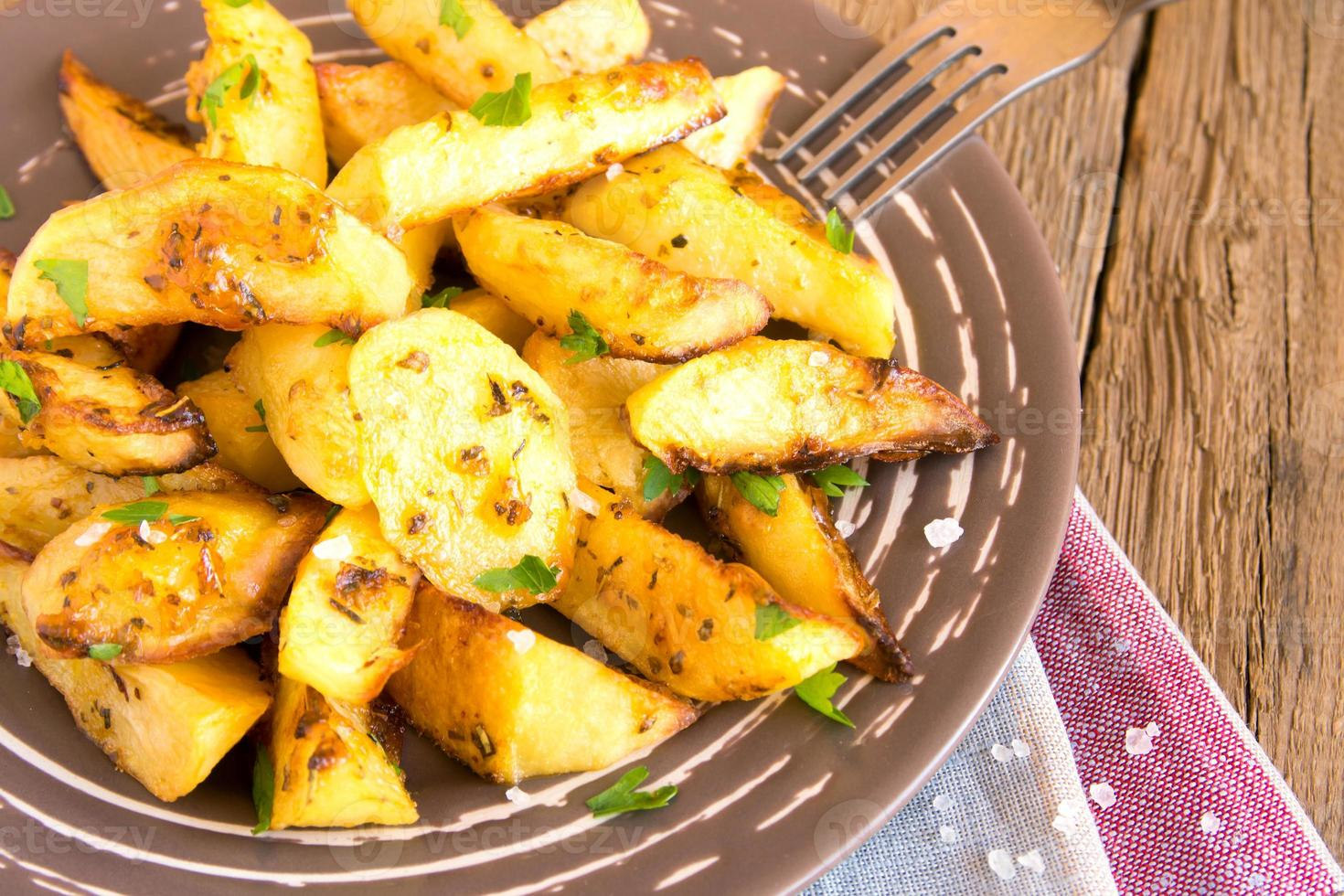 batatas assadas foto