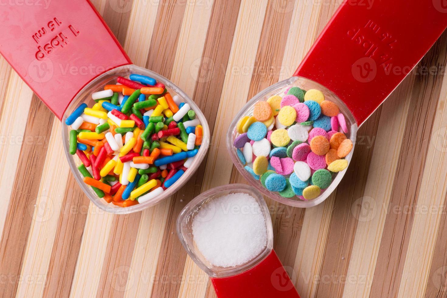 medição de doces - cozimento foto