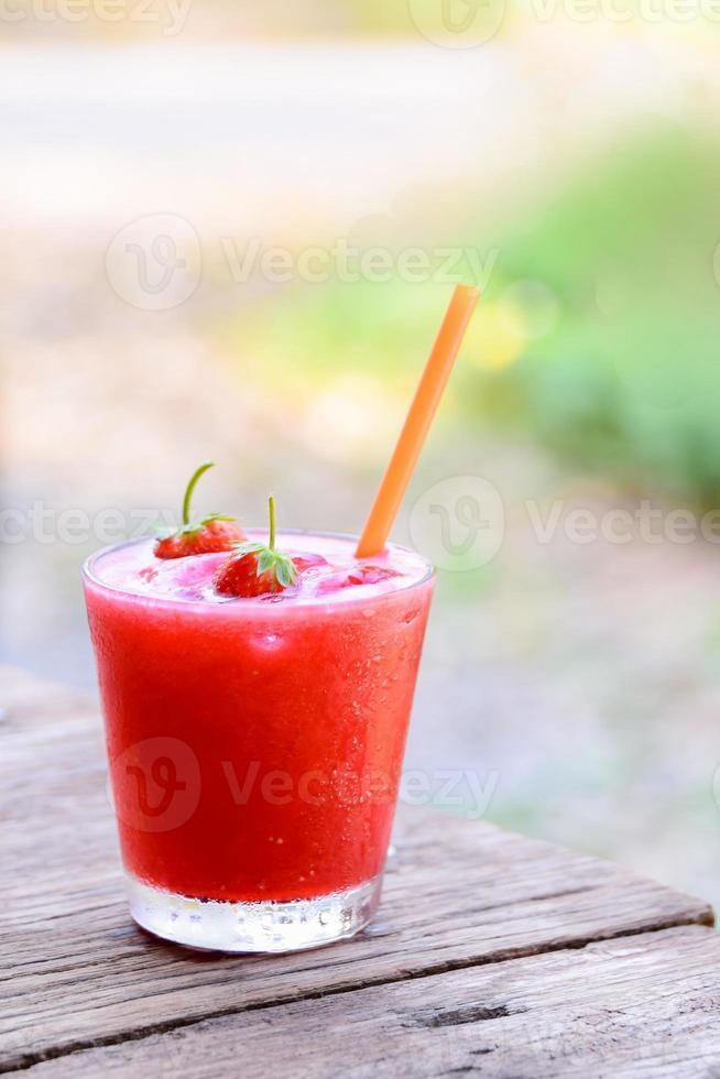 smoothies de morango foto