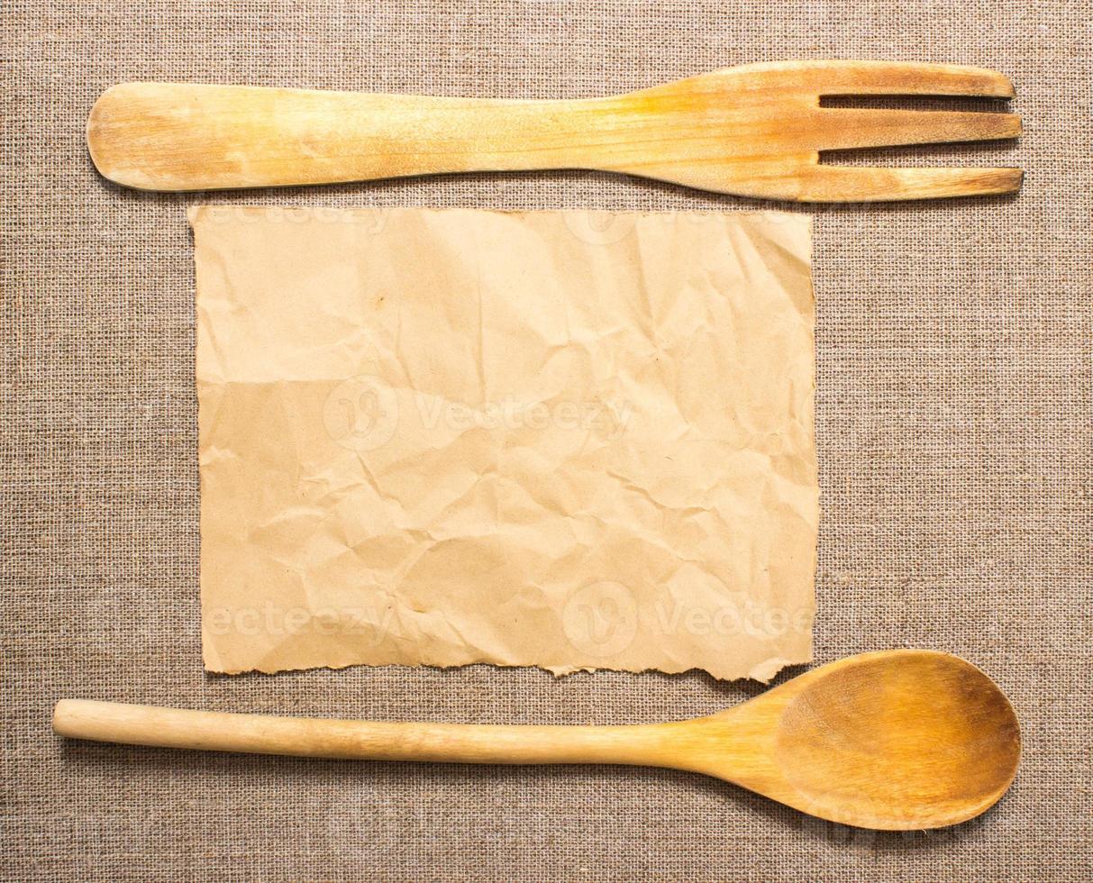 utensílios de cozinha com espaço para receita foto