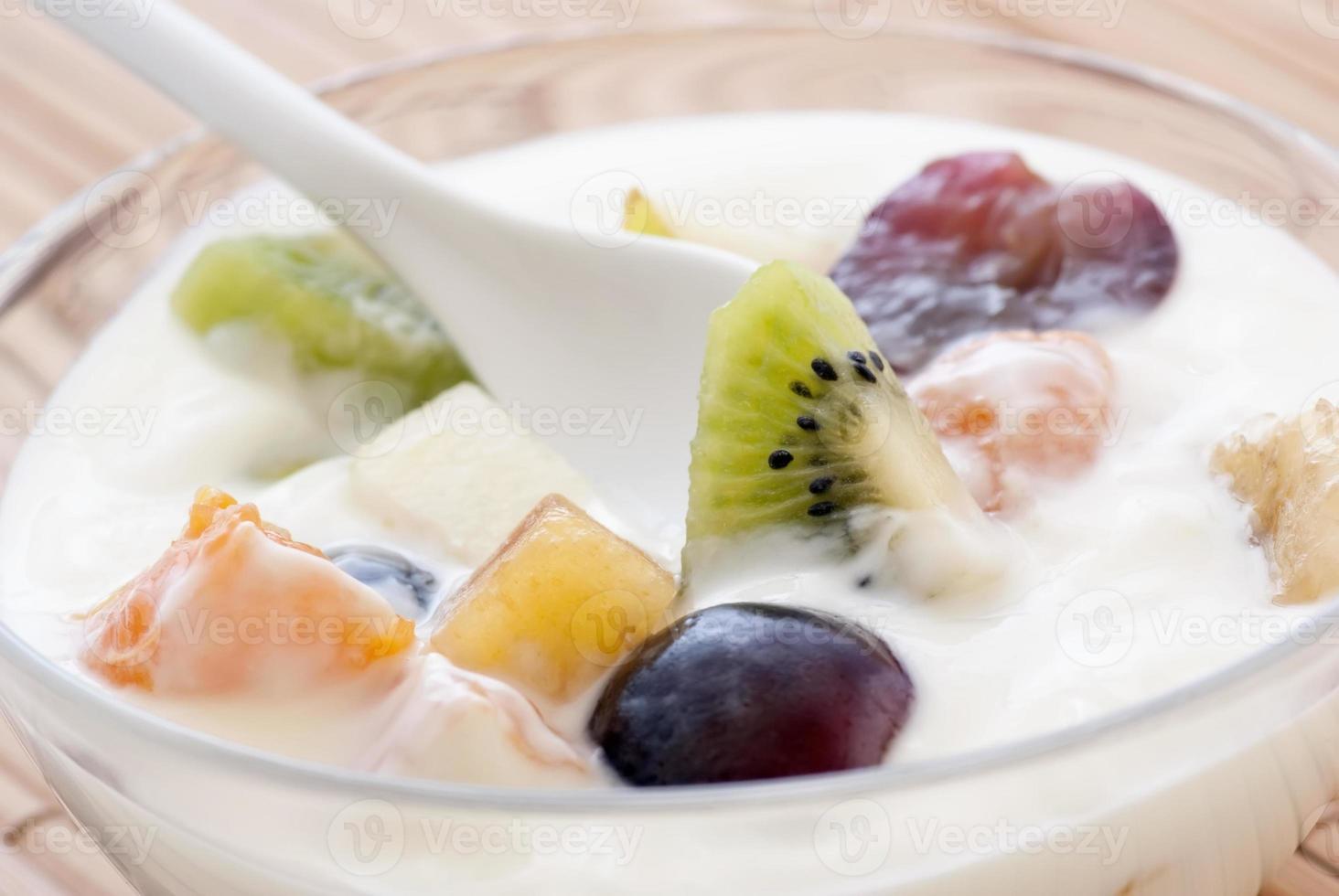 iogurte com frutas foto
