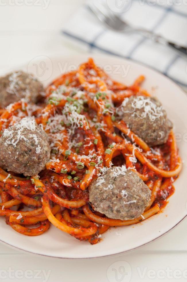 espaguete com almôndegas foto