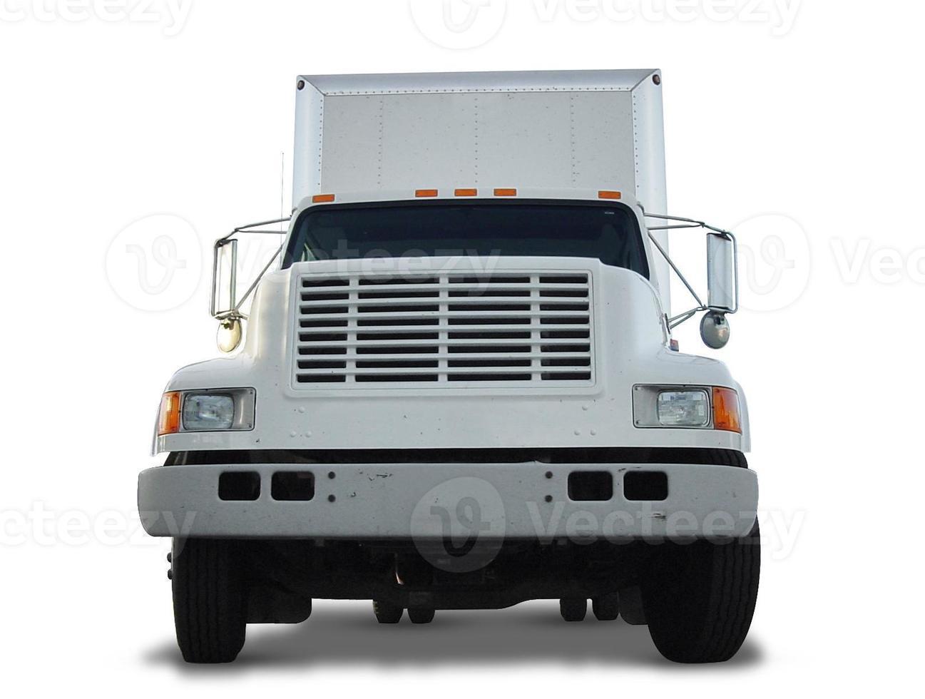 frente de caminhão de caixa cortada foto