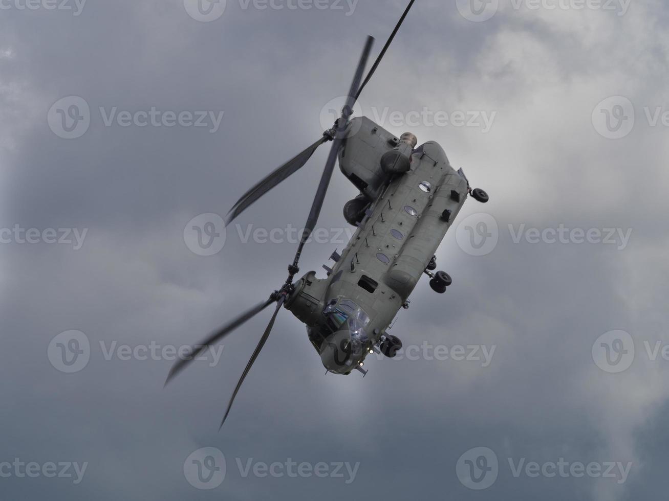 helicóptero chinook foto
