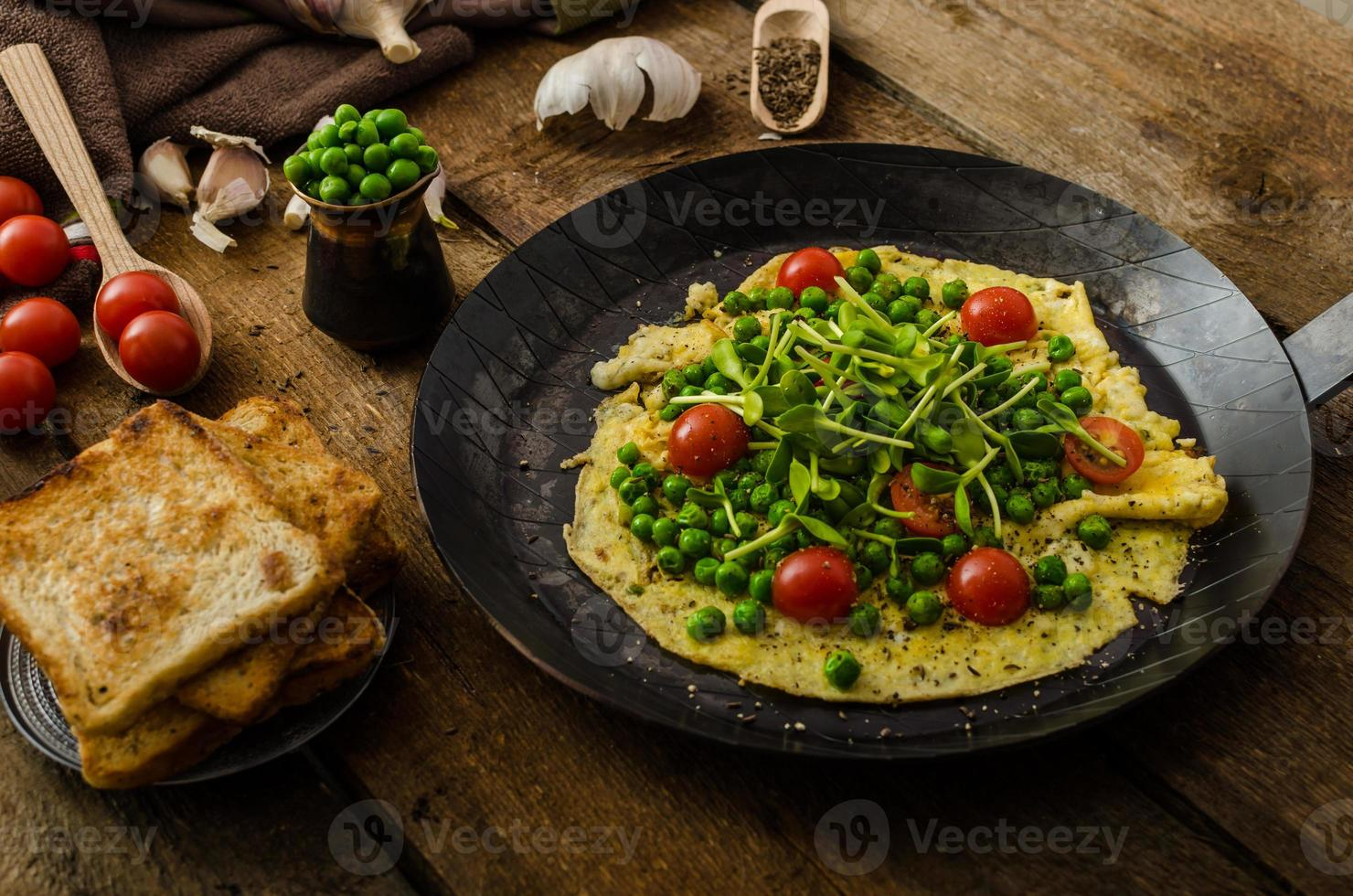 omelete saudável com legumes foto