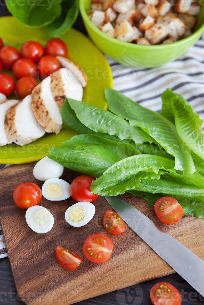 ingredientes da salada caesar foto
