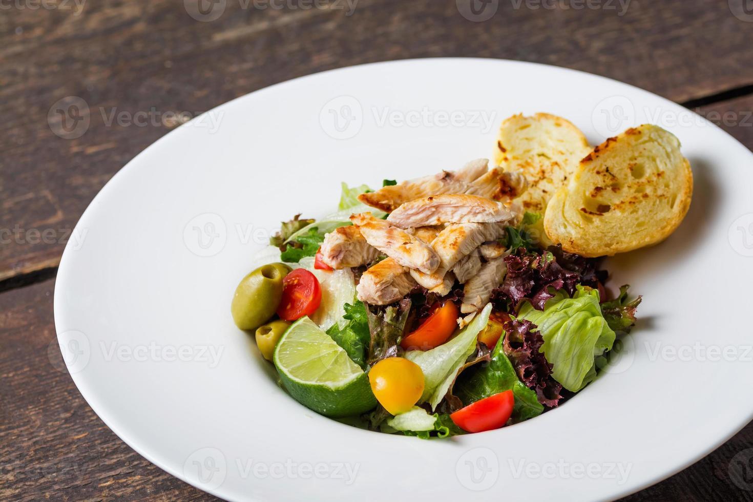 salada caesar comida gourmet foto
