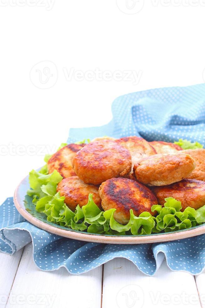 costeletas de peru com casca de limão e hortelã foto