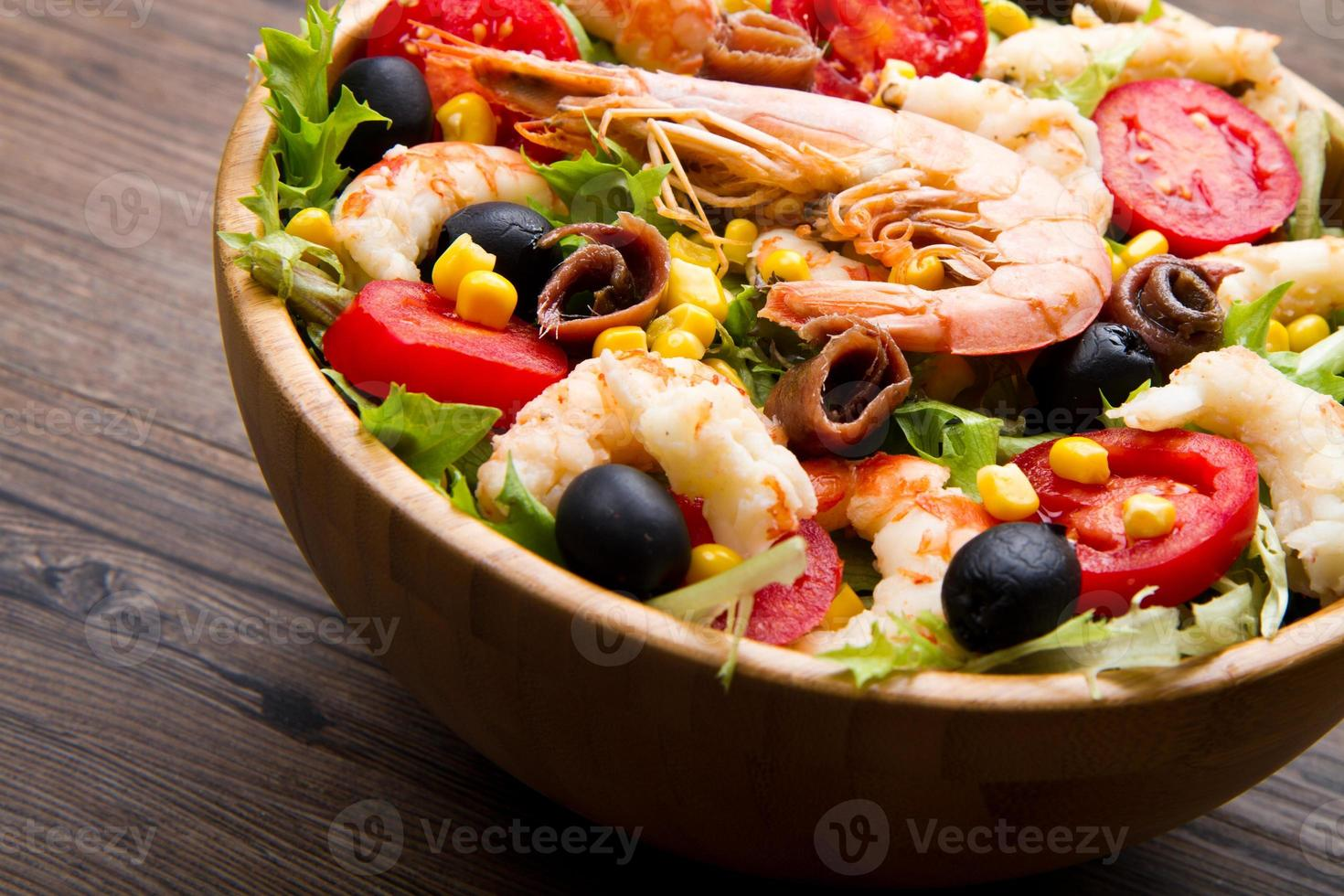 salada de camarão foto