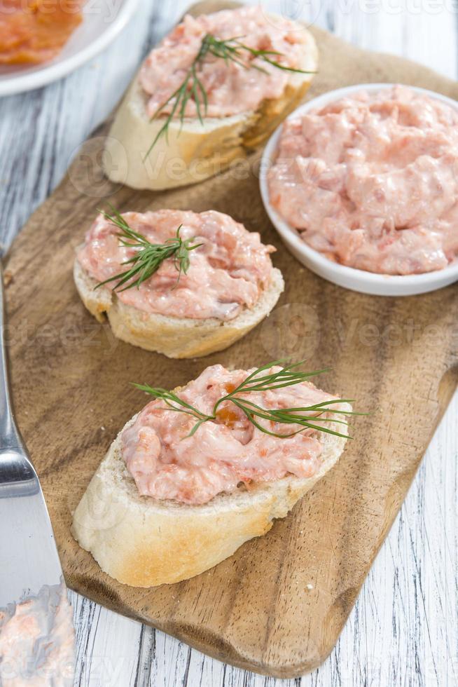 salada de salmão fresca foto