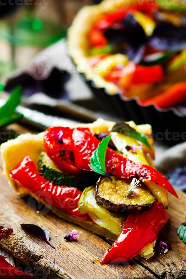 ratatouille de torta de legumes foto