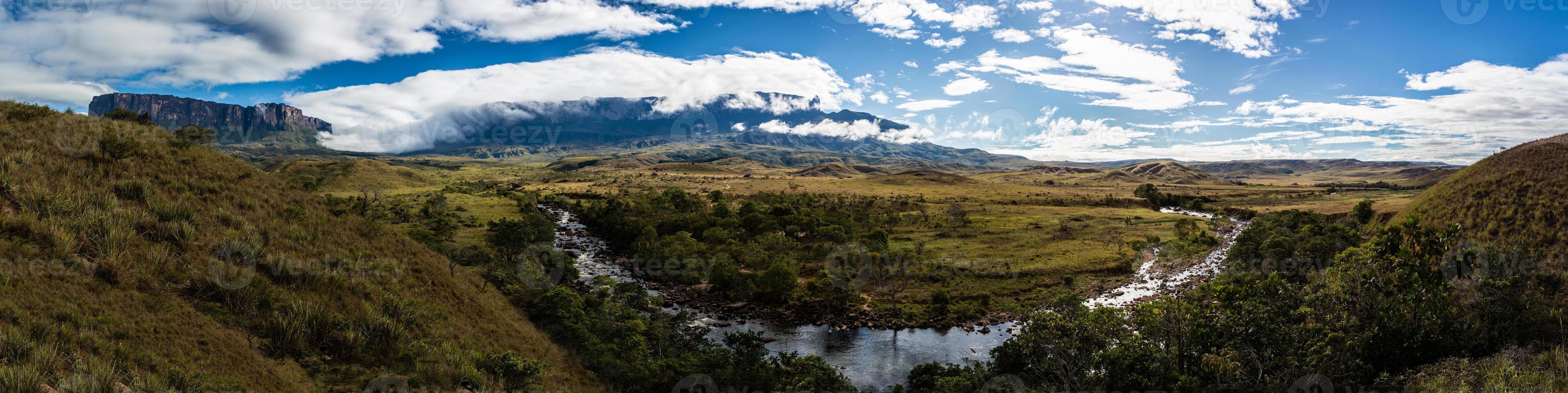 parque nacional de canaima na venezuela foto