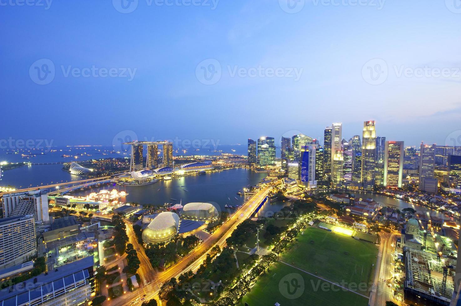 Vista aérea do horizonte de Singapura foto