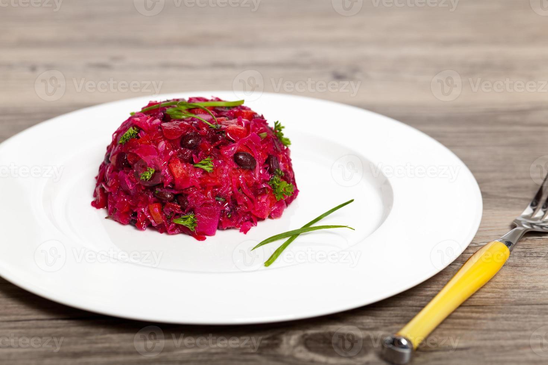 salada de beterraba. salada de vegetais. foto