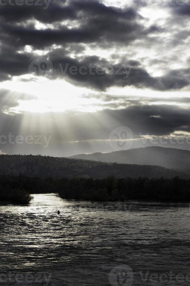 paisagem com pescador foto