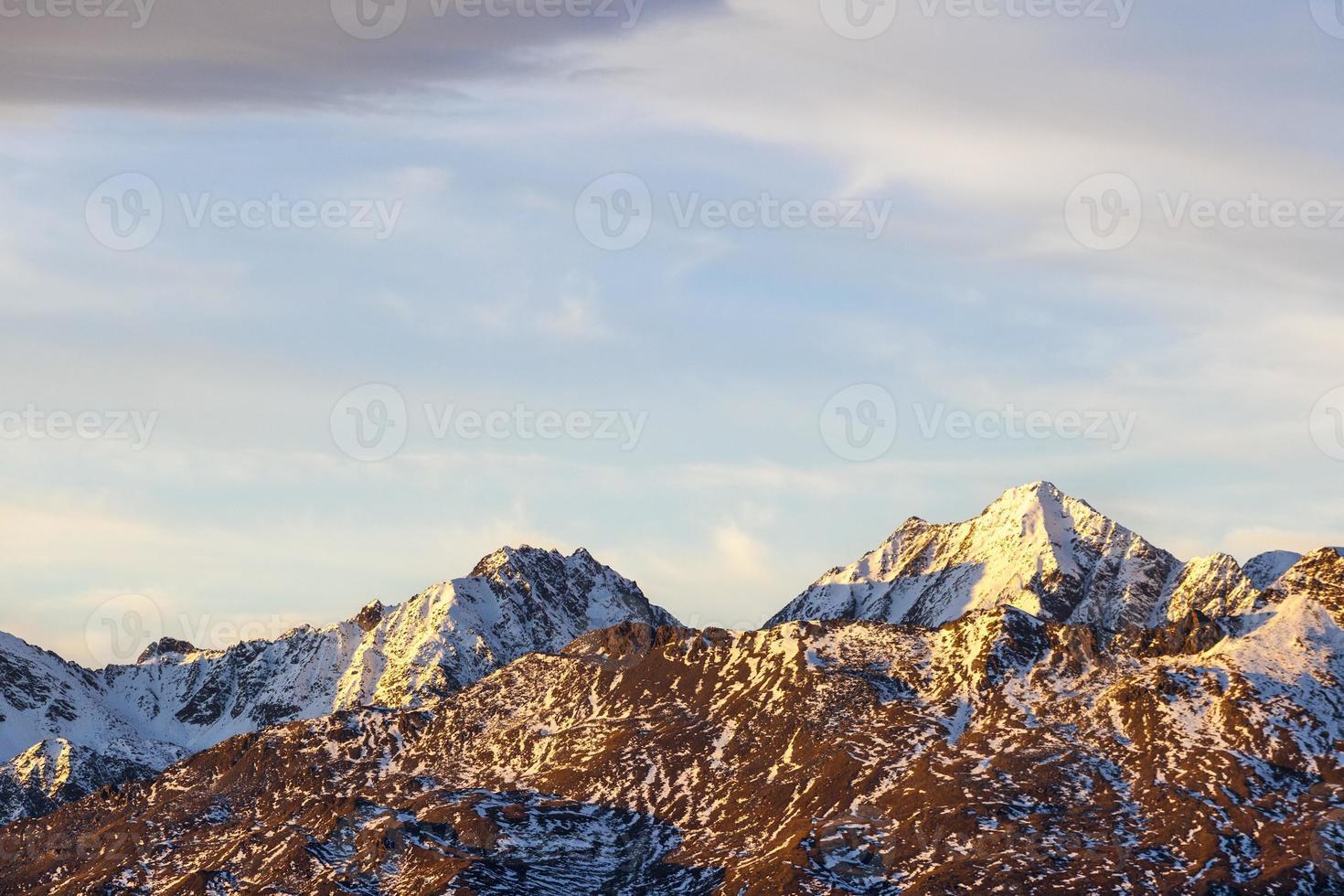paisagem de alta montanha foto