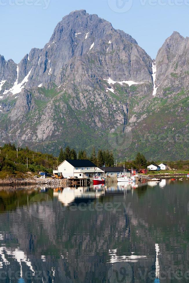paisagem pitoresca da zona rural da Noruega foto