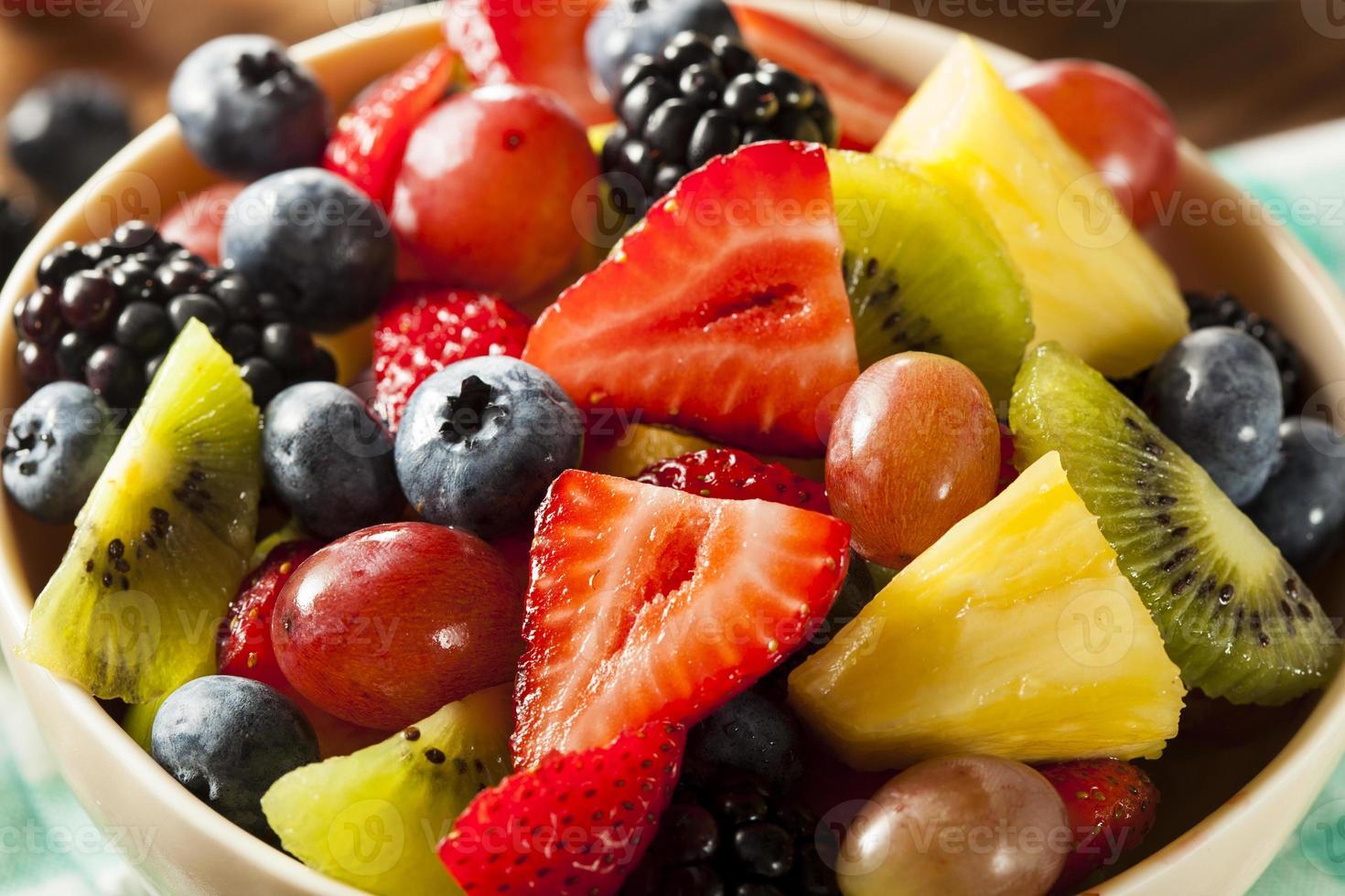 salada de frutas orgânica heallthy foto