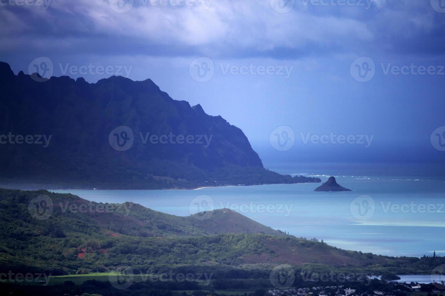parque estadual nuuanu pali, o'ahu, havaí foto