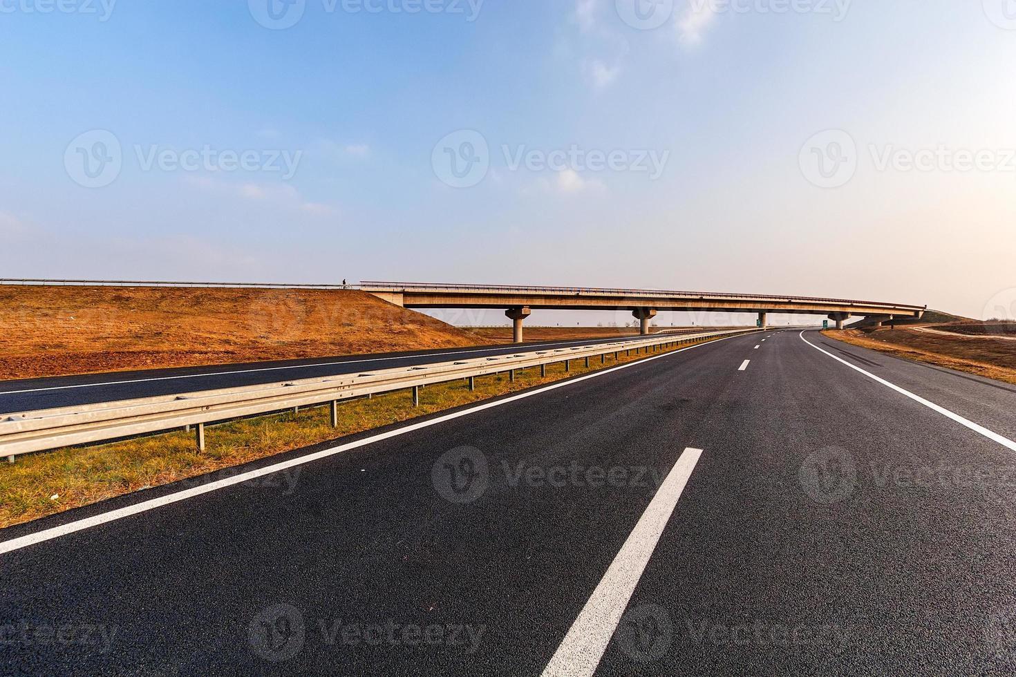 estrada de asfalto foto