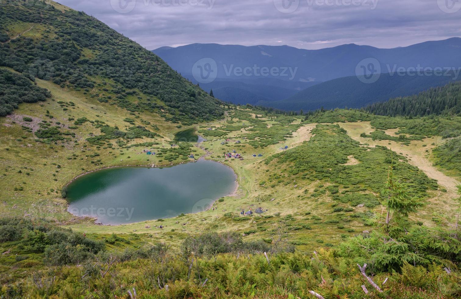 o lago da montanha foto
