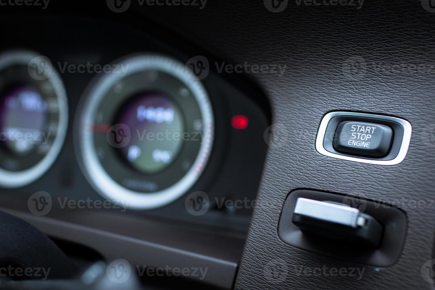 interior de carro moderno foto