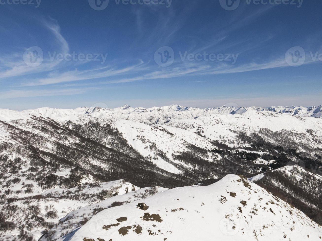 montanhas dos andes foto
