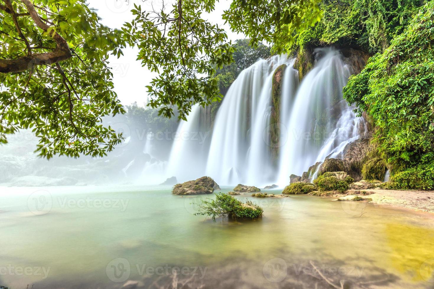 jogado com o musgo rock waterfall proibição gioc foto