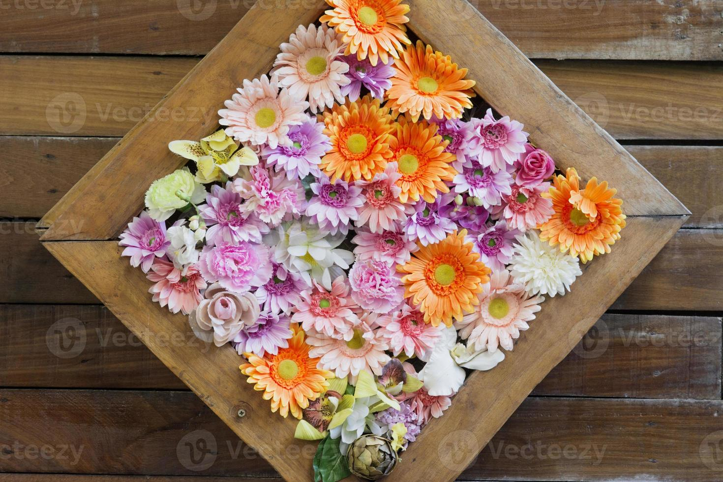 muitas flores unidas lindamente foto