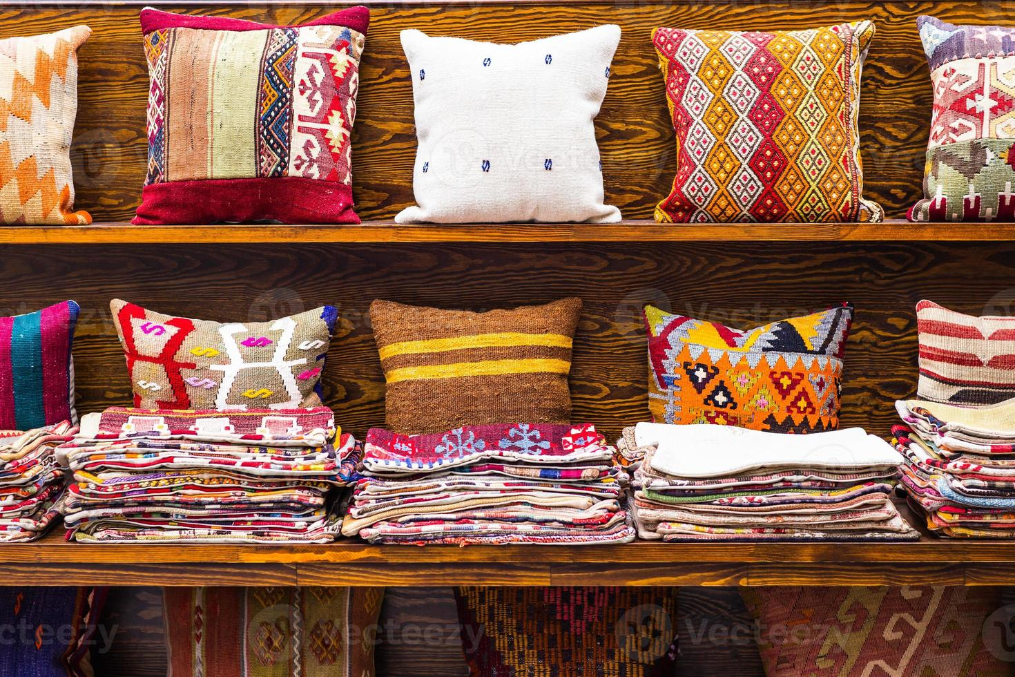 almofadas orientais foto