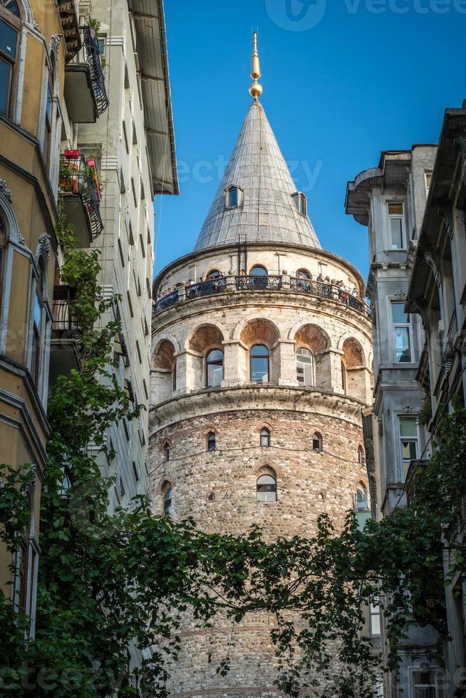 torre galata em istambul, turquia foto