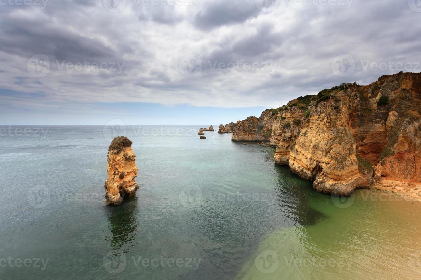 praias do algarve no sul de portugal foto