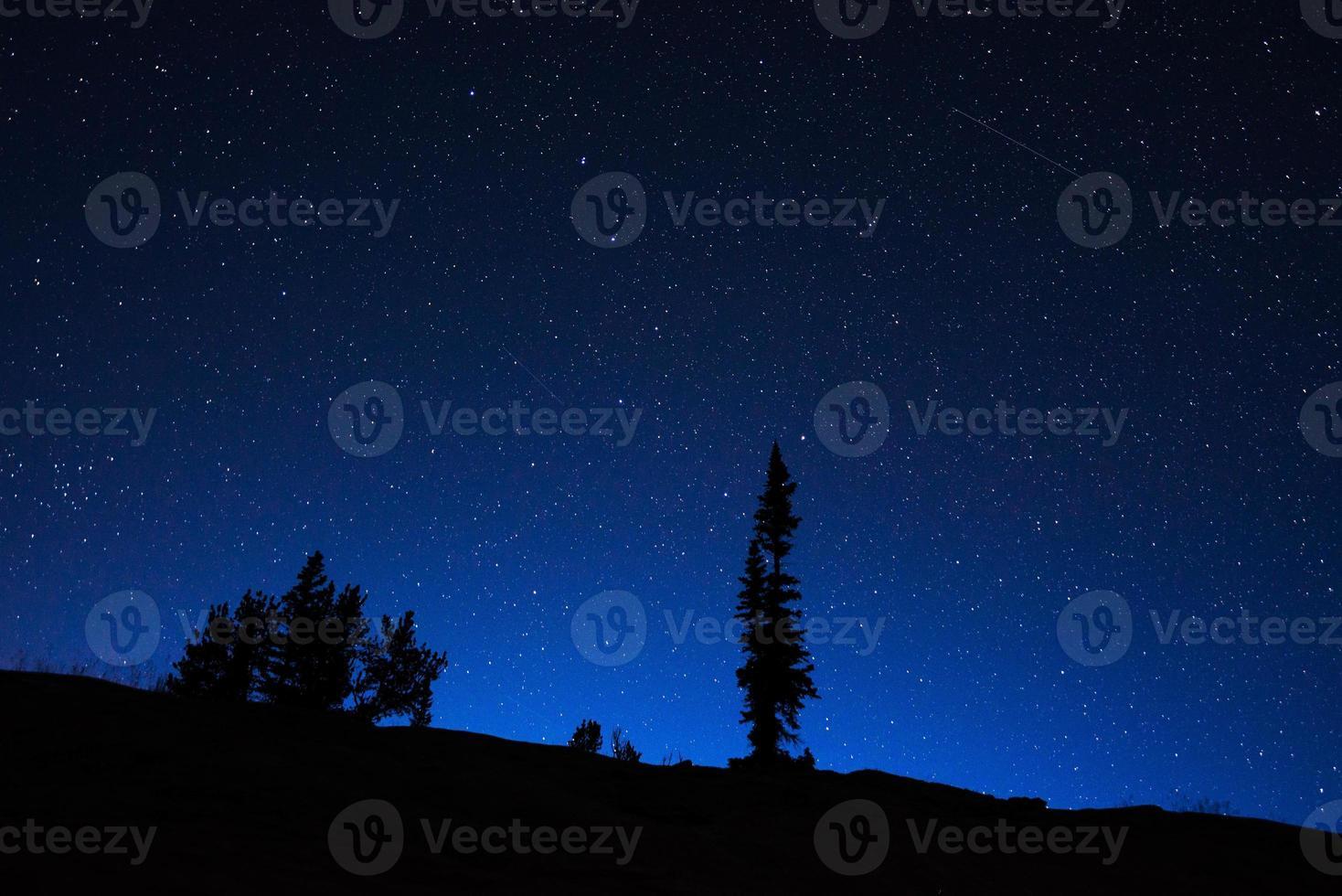 céu noturno de wyoming foto