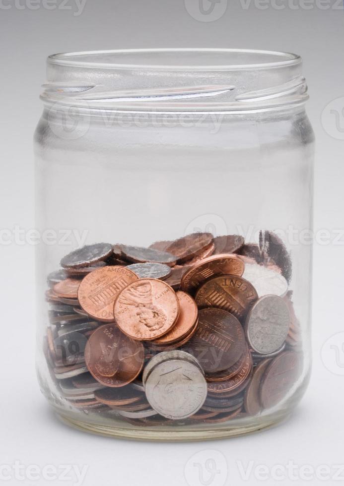 jarra de dinheiro foto