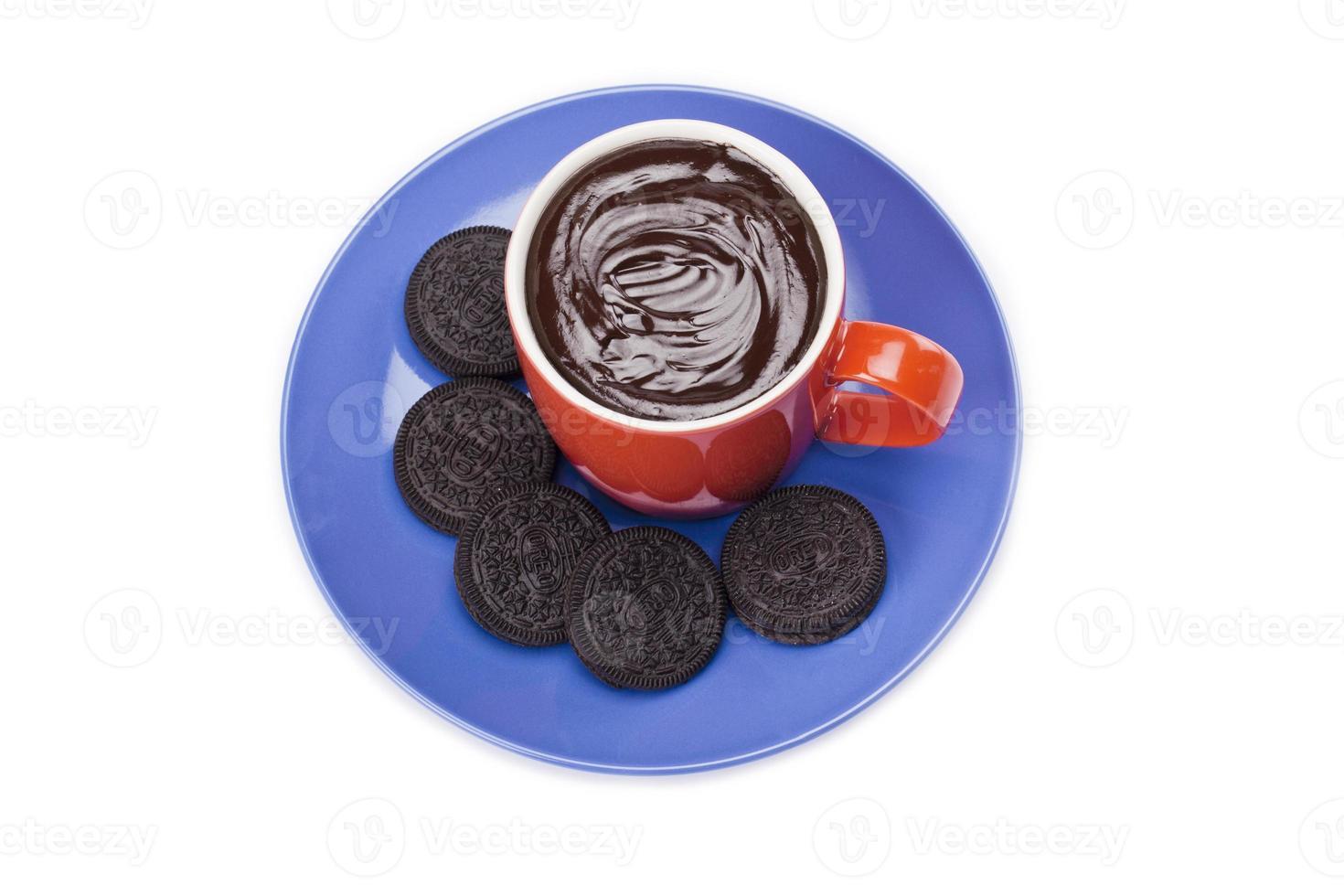 biscoitos mergulhados em chocolate foto
