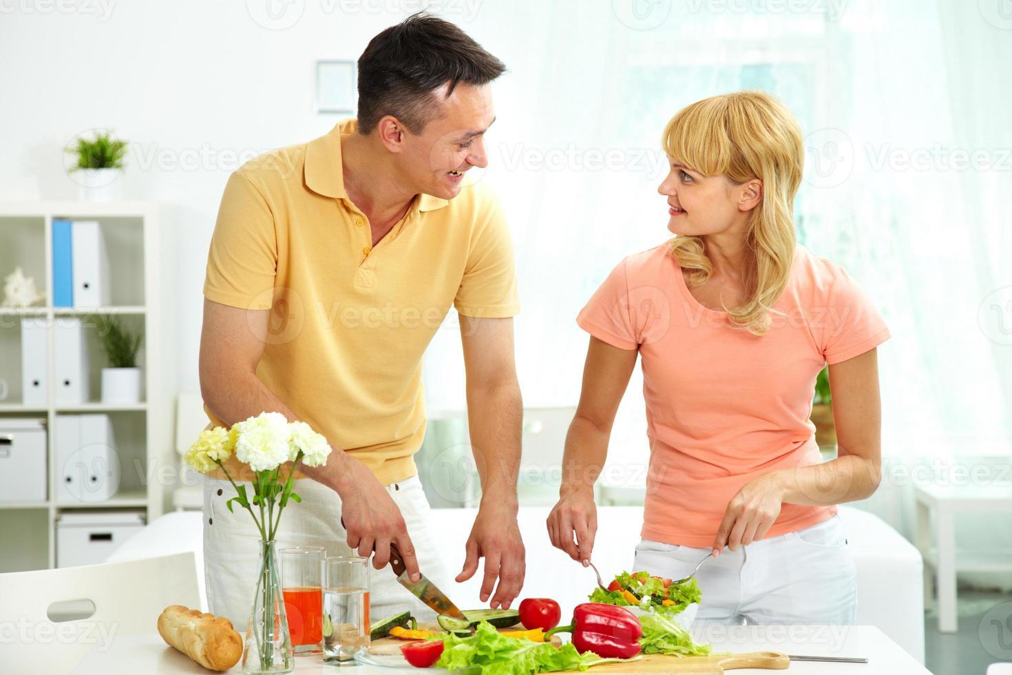 salada de cozinha foto