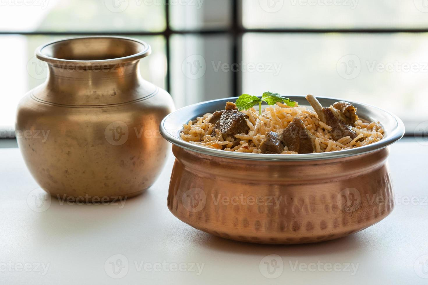 carneiro indiano (cordeiro) biryani / briyani de perto foto