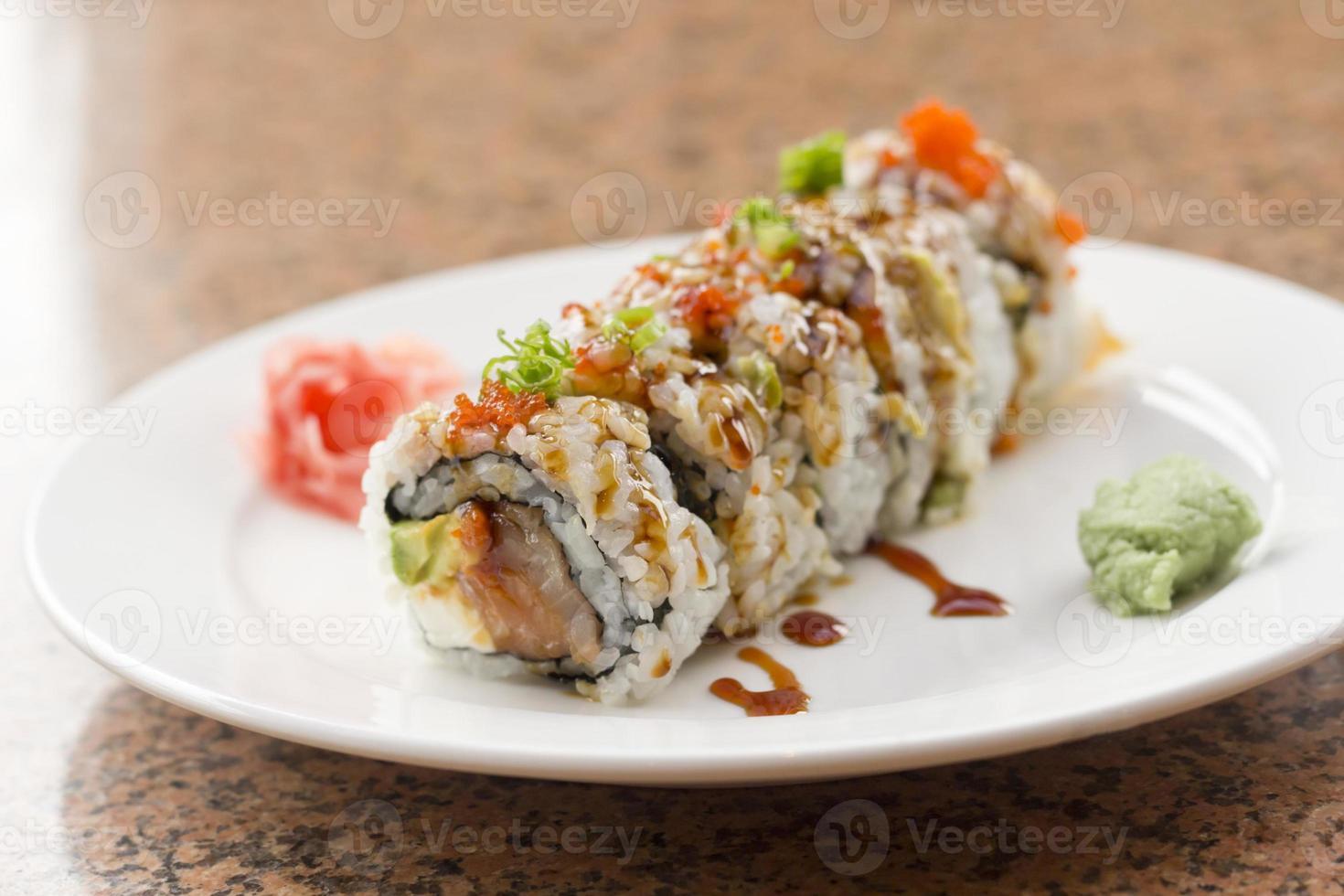 sushi filadélfia roll foto