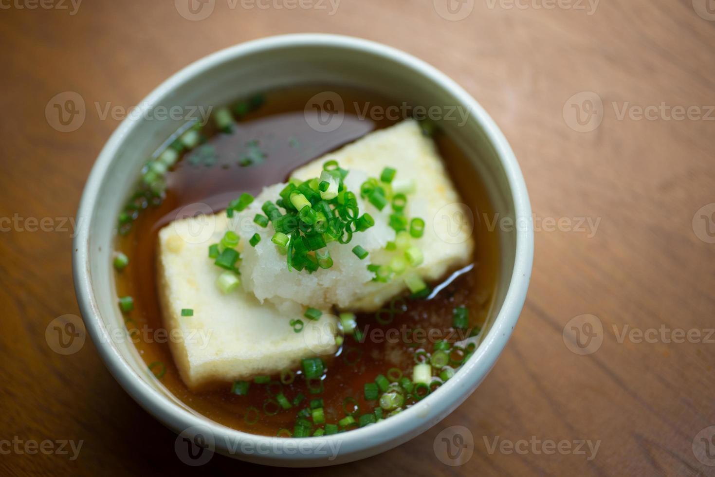 cozinha japonesa agedashi tofu foto